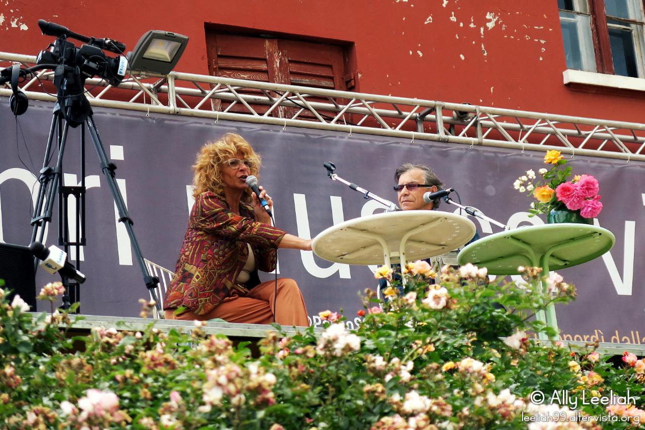 Parco di San Giovanni: Rose Libri Musica Vino © leeliah99.altervista.org