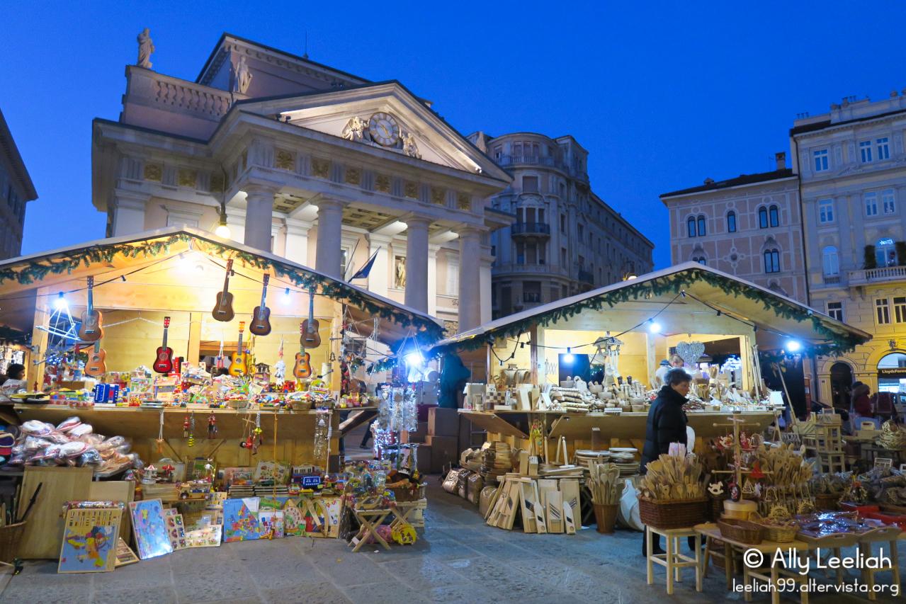 Mercatino di Natale a Trieste © leeliah99.altervista.org