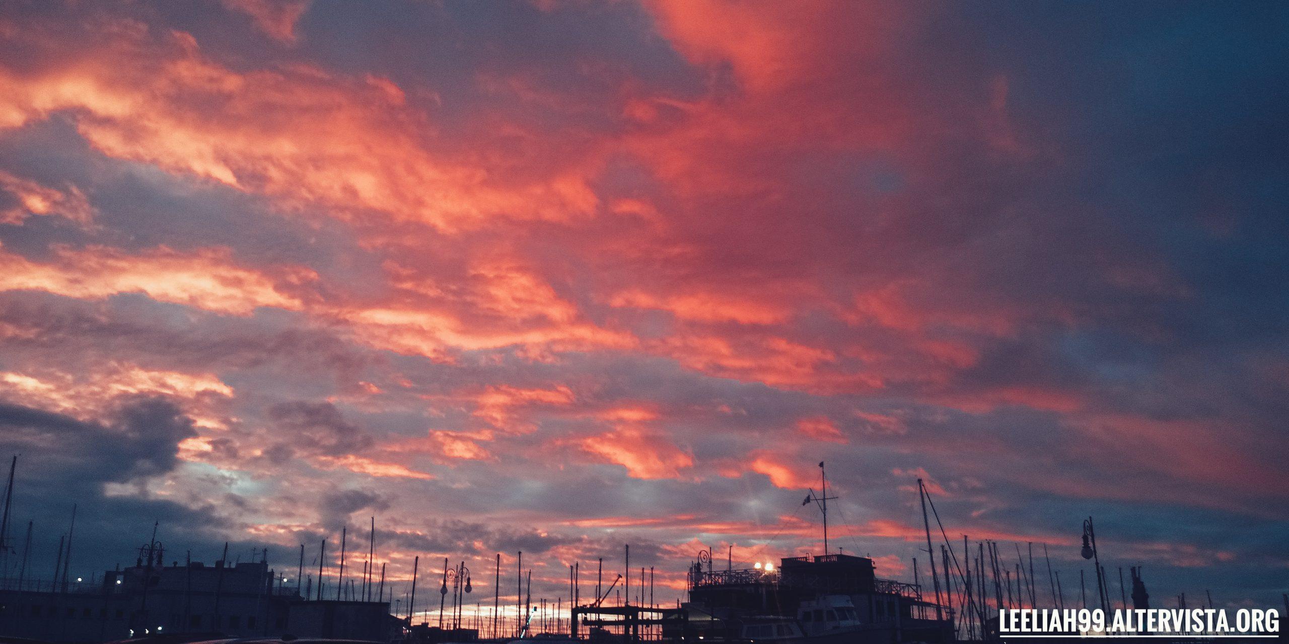 Ultimo tramonto del 2019 dalla Sacchetta © leeliah99.altervista.org