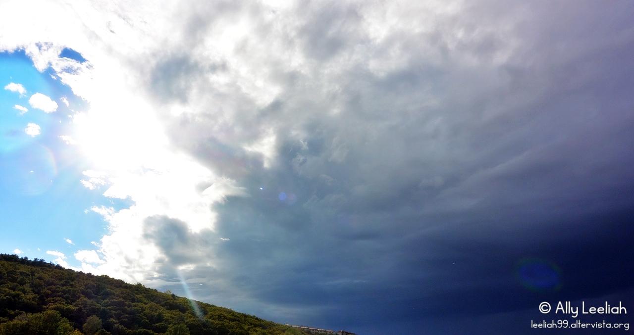 Cielo azzurro, cielo blu © leeliah99.altervista.org
