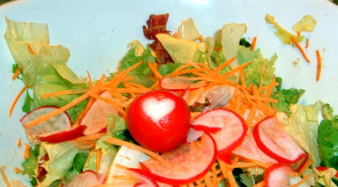 Cuoricino nell'insalata © leeliah99.altervista.org