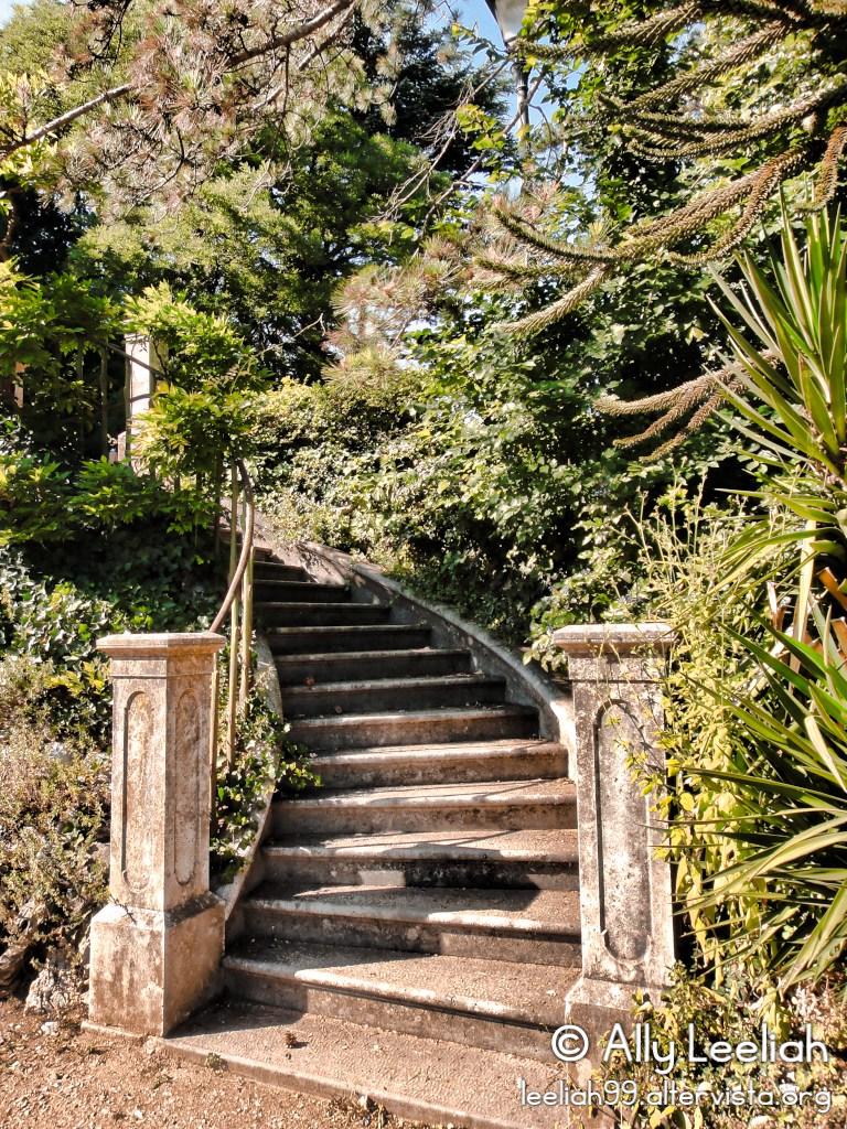 Parco di Villa Revoltella: la scalinata © leeliah99.altervista.org